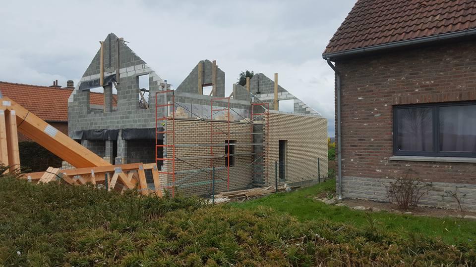 11 isolation facade brique construction villa charleroi ic for Construction villa